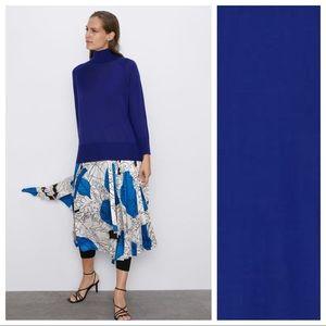 NWT. Zara Azure Knit Mock Neck Sweater. Size M.